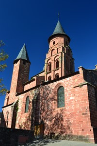 church collonges-les-Rouges red sandstone walking trails